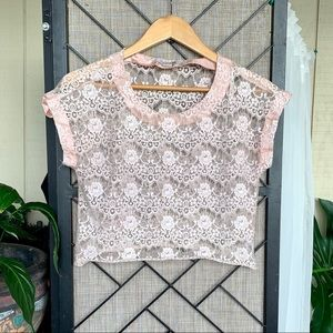 Forever 21 Pink Lace Short Sleeve Shirt Small